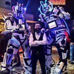 2 robots Cyborgs dans le