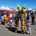 Robot Bumblebee foule